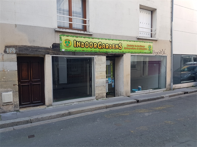 Local commercial Tours 680 €/mois 6790