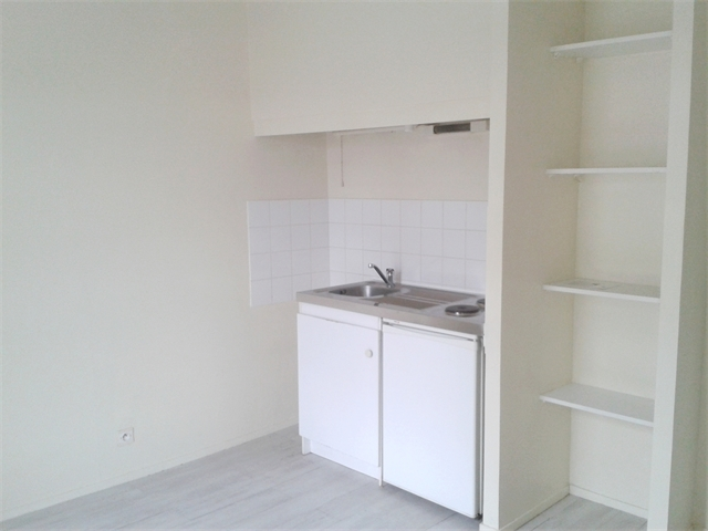 Appartement Tours 76 600 €  6836